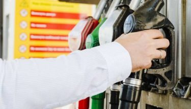 Petrol station fueling pipe