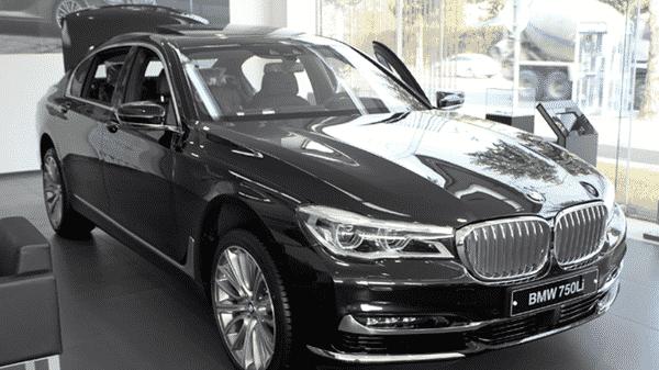 Black-BMW-car